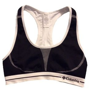 Reversible black and white Columbia sports bra NWT